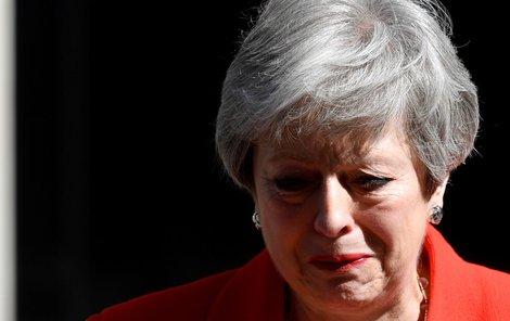 Britská ministerská předsedkyně Theresa Mayová oznámila svou rezignaci