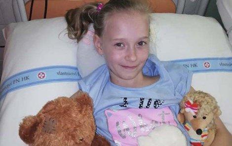 Eliška na vyšetření v nemocnici.