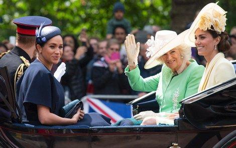 Vévodkyně Kate a Meghan na oslavách narozenin královny
