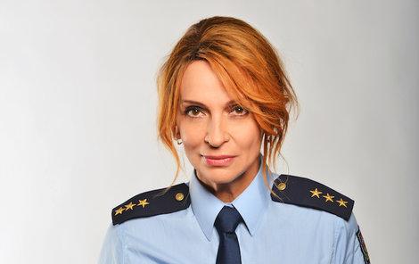 Jako policistka Zuzana Radová musela do uniformy.