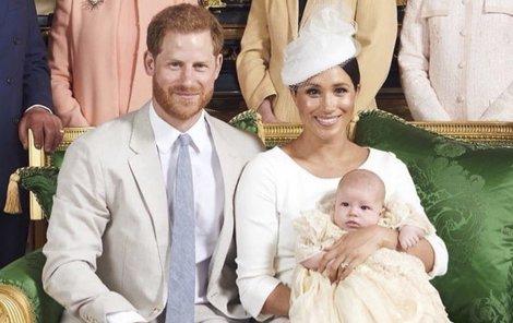 Králoský pár ze Sussexu se synem Archiem.