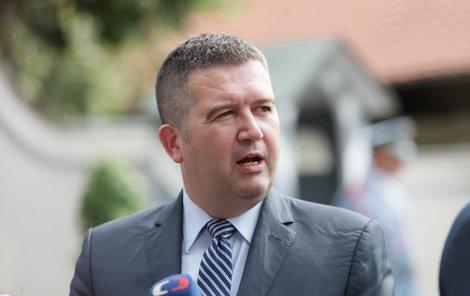 Předseda ČSSD Jan Hamáček po schůzce v Lánech (12. 7. 2019)