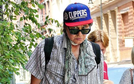 Val Kilmer byl spatřen v ulicích New Yorku se slavíkem na krku