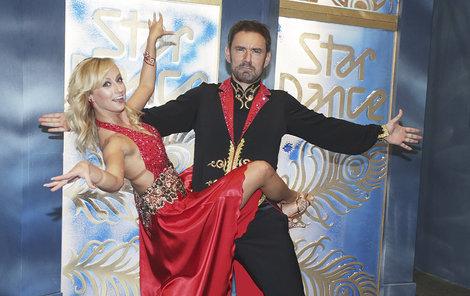 Dvojice spolu ve Star Dance