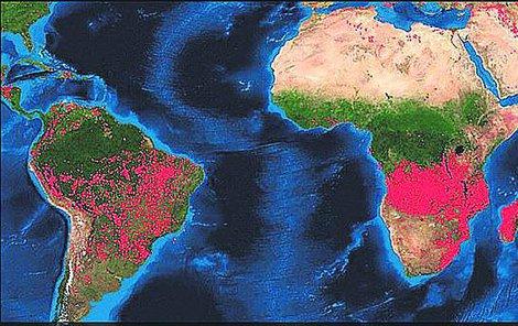 Data americké vesmírné agentury NASA ukazují, že středoafrické země Kongo a Angola jsou nyní postiženy ještě daleko větším počtem požárů než jihoamerická Brazílie!
