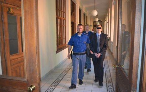 Programátor Tomáš J. zpronevěřil bitcoiny za 16 milionů korun. Sod mu dal devět let vězení.