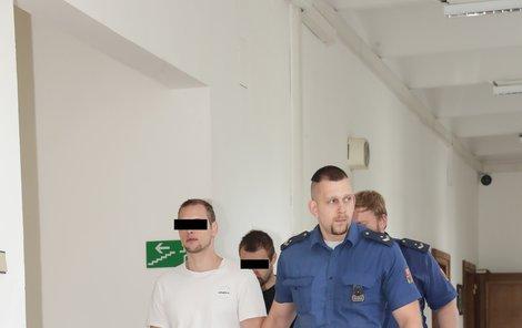 Loupežnou vraždu pumpařky Jany řešil soud v Praze