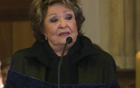 Jiřina Bohdalová na pohřbu Gotta (†80).