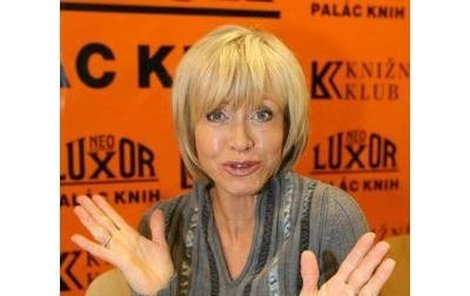 Jana Švandová se stala kmotrou nového románu, který už má ale dávno přečtený a v seriálové Ulici jej napsala postava, kterou hraje.