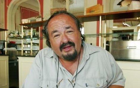 Petr Novotný se už na kulinářské překvapení, které jej v pátek večer čeká přímo na pódiu v Třeboni, moc těší.