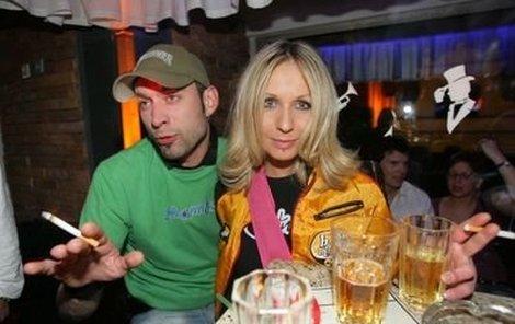 Kykolka alias Jan Mikulecký v dobách, kdy chodil s Tezerou Pergnerovou.