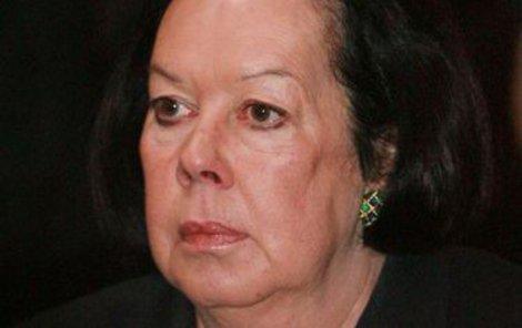 Yvonne Přenosilovou trápí velké bolesti zad.