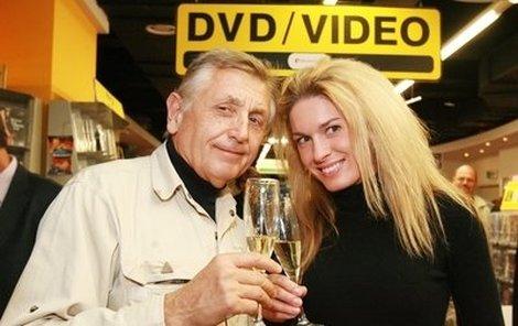 Jiří Menzel sedmdesátiny oslaví s manželkou v Bruselu.