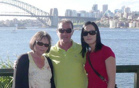 Marta Kubišová strávila australskou dovolenou s kamarádem Milanem Heinem a dcerou Kateřinou.