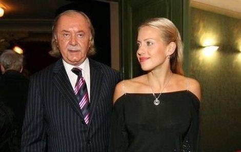 Vztah Františka Janečka s Terezou Mátlovou trvá čtyři roky.