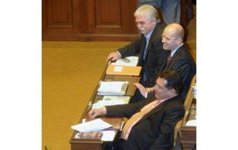 ČSSD blokuje vládní návrh na snížení daní.