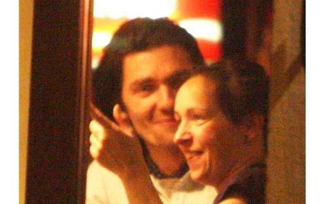Tajná schůzka Tatiany Vilhelmové a Petra Čadka se protáhla. Restauraci Vínečko opouštěli mezi posledními hosty.