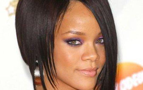 Rihanna představila fanouškům nový klip. Budou u vytržení!