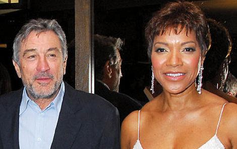 Robert DeNiro s manželkou.