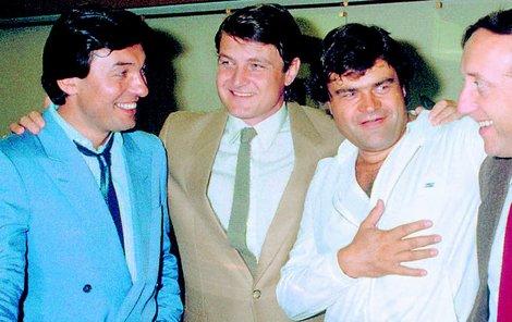 Čtyři nerozluční kamarádi na fotce zroku 1983 (zleva): Karel Gott, Ladislav Štaidl, Karel Svoboda a Felix Slováček.