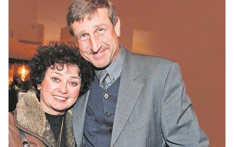 Zatímco Václav Vydra se objevil v taneční soutěži »StarDance ...když hvězdy tančí«, jeho partnerka Jana Boušková zkusila »Duety ...když hvězdy zpívají«.