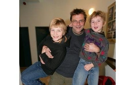 Roman Štolpa má opět úplnou rodinu, o kterou kvůli své závislost před časem přišel.