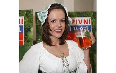 Andrea Kerestešová si s pivem opravdu rozumí.