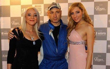 Mirjam Landová se svým manželem Danielem Landou a jeho filmovou partnerkou Olgou Lounovou.