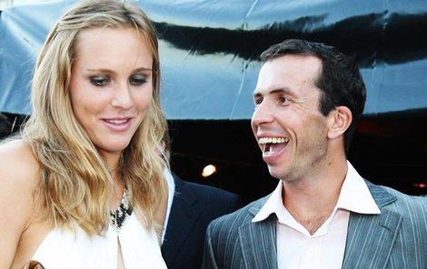Úsměvy, vzájemné jiskření – to už je dávno pryč. Vztah manželů Nicole Vaidišové a Radka Štěpánka je u konce.