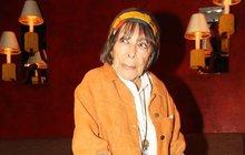 Hana Hegerová (84) přišla o vlasy i o psa: Už nemůžu mezi lidi!