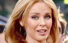 Kylie Minogue pranýřují za úpravu fotek: Ten zadek je můj!