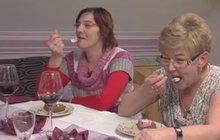 PROSTŘENO: Gizela lhala, že nesmí mléko… pak spořádala šlehačkový dort! +VIDEO