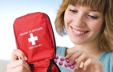Jak vybavit lékárničku na cesty? Nezapomeňte na léky proti nevolnosti!