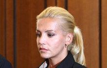 Proč soud potrestal Rolins? Po tragické nehodě spáchala dalších pět přestupků!