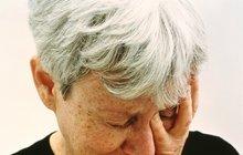 Kruté příběhy seniorů: Hyeny v nemocnici: Seniorku (60) bily a přivazovaly k posteli!