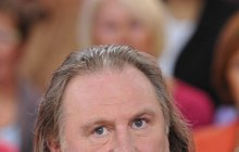Depardieu je kvůli daním Rus! Teď je z něj Жерар Депардěье!