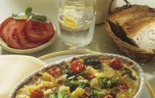 Rychlovky za pár korun: Zapečené brambory s brokolicí