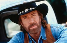 Walker Texas Ranger slaví 20 let: Vtipy o Chucku Norrisovi ale nestárnou!