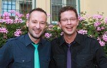 "Gay ""manželé"" Aleš Cibulka a Michal Jagelka prozradili: Kdo u nás dělá tátu a kdo mámu!"