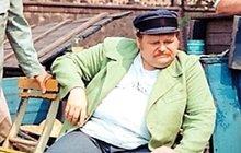 Libíček zemřel jako vodník: Zkolaboval při natáčení a naposledy vydechl Jaromíru Hanzlíkovi v náručí!