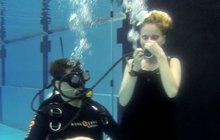Zpěvačka Tereza Vágnerová jako mořská víla: Riskovala pod vodou!