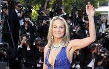 Festival v Cannes neovládly filmy, ale výstřihy!