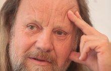 Chudák Semelka (69): Šlak ho trefil při venčení!