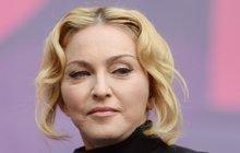Madonně se hroutí svět!
