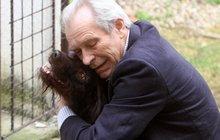 Poslední natáčení Cest domů: Švehlík se zhroutil! A navždy přišel o přítele...