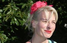 Módní sebevražda: Anna Polívková to přehnala a je z ní peroxidová blondýna!
