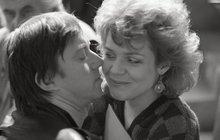 Fotky, které 27 let tajili: Sexy hrátky Lábuse a Veškrnové!
