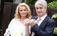 To se tedy rozšoupli: Víme, kolik dala Bartošová s Rychtářem za svatbu!