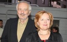 Rozvod na spadnutí? Milan Lasica a Magda Vášáryová si už spolu jen esemeskují!