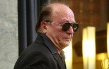 Zničený Petr Janda (71): Pochoval 8 kamarádů za 2 roky!